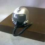 Fermacarte casco pilota