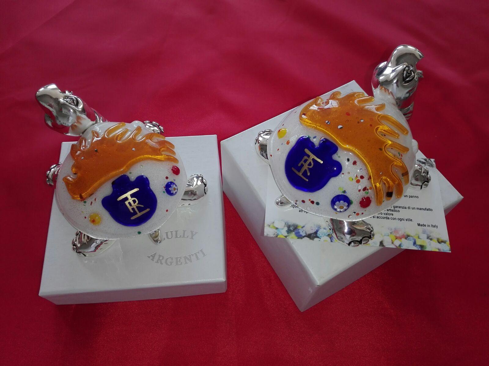 Tartarughe in argento con vetro di Murano e fiamma Carabinieri