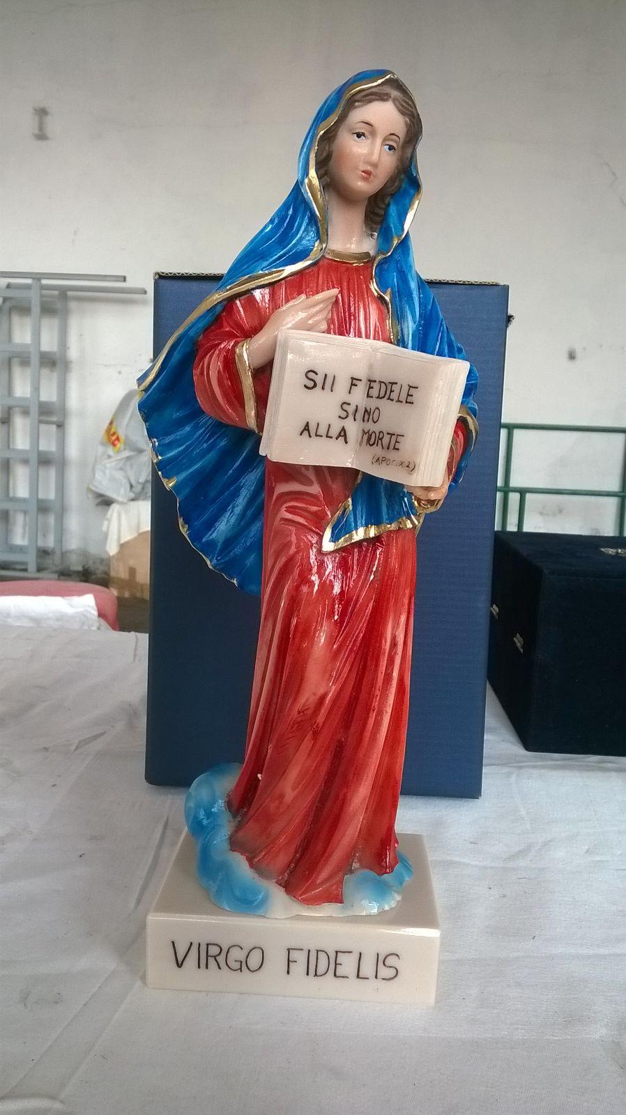 Statua Virgo Fidelis